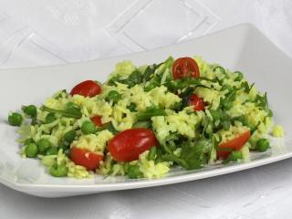 Saláta rizzsel és borsóval