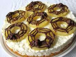 Sütés nélküli túrós-rizses Halloween torta