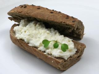 Fehér retekből készült kenő