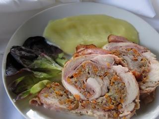 Csirke rolád darált hússal