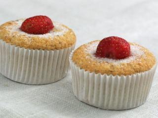 Lágy banános-epres muffin