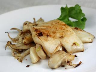 Grillezett szépia hal
