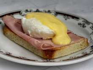 Posírozott tojás Benedikt