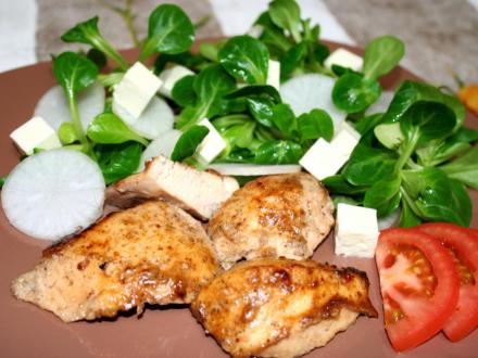 ActiFry grillezett csirkemell zöldsalátával