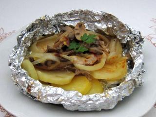 Alufóliában sült sertéshús