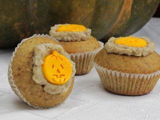 Halloweeni mogyorós cupcakes