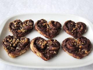 Mogyorós-csokoládés szívecskék
