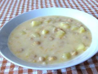 Édes savanyú krumplileves csicseriborsóval