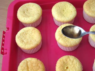 A nyuszi cupcakes összerakása