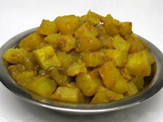 Kurkumás krumpli