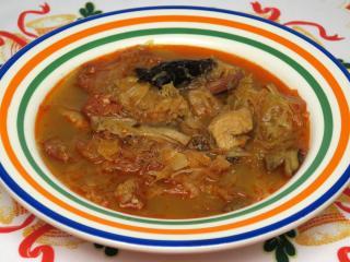 Szilveszteri savanyú káposzta leves