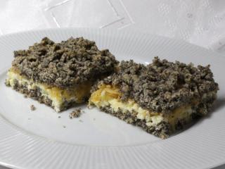 Reszelt mákos süti