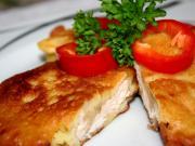 Csirkemell szeletek burgonya tésztában.