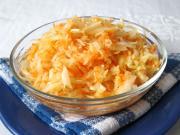Sárgarépás-káposztás saláta