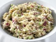 Tonhal saláta szárzellerrel