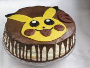 Dekoráció a Pikachu tortára